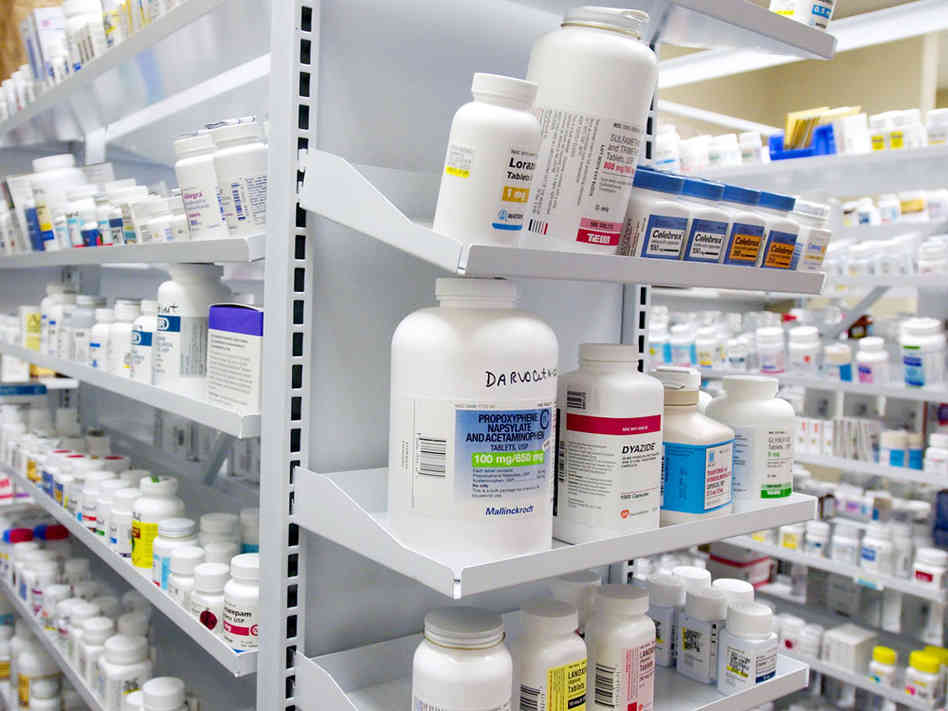 Australia Pharmacy Shelving